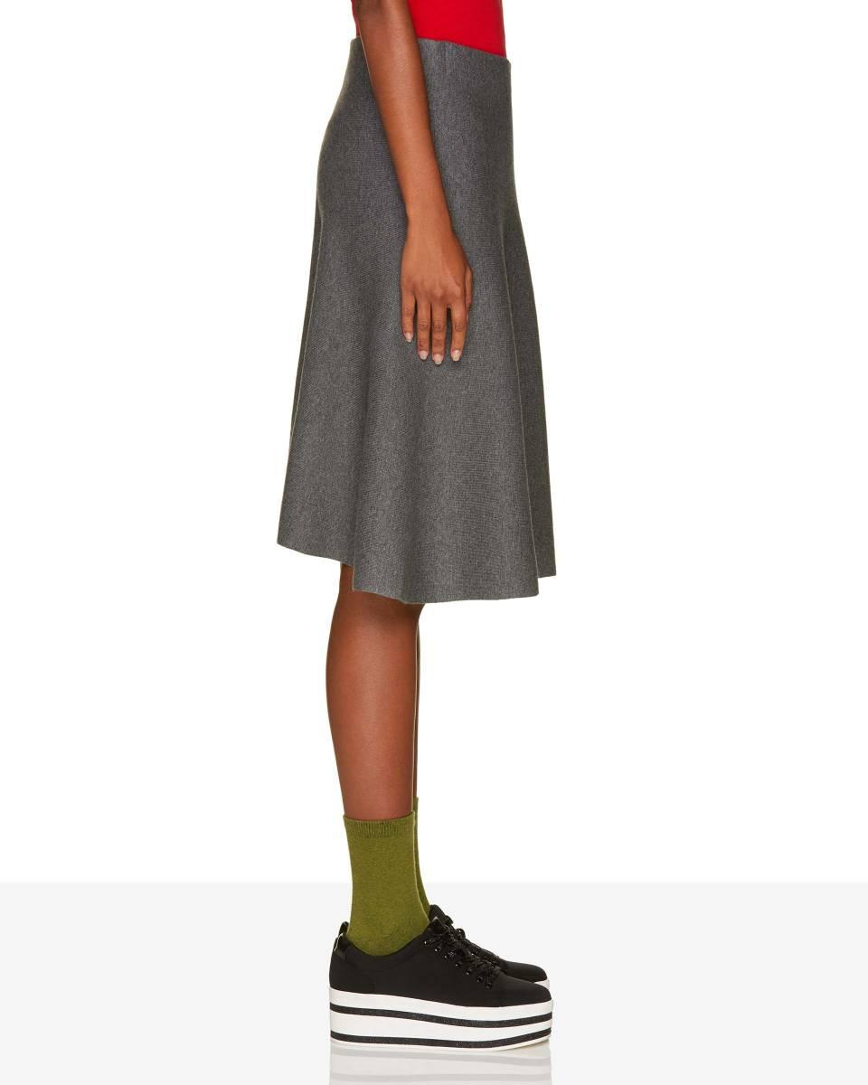39959b7a898 Úpletová sukně do A - Benetton Příbram
